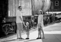 family_train_gray